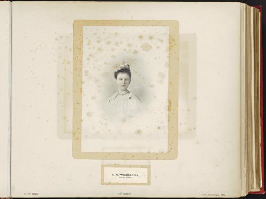 Conférence de la Paix 1899, copy of H.E.Mr. Jonkheer J.C.N. Van Eys_007 - H.M. Wilhelmina