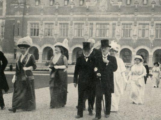Andrew Carnegie_ Vredespaleis 1913
